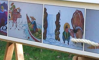 A picture coffin for an illustrator with his own art – any digital image can be used.