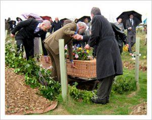 arranging-funeral-news-green-woodland-buriel